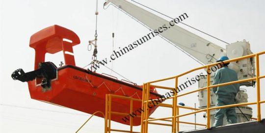 Single-Arm-Davit-for-Rescue-Boat-Liferaft